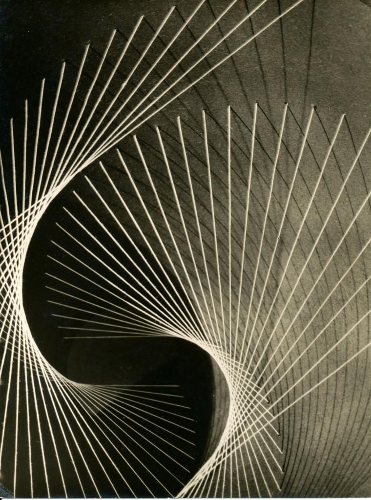 Vorklasse Fritz Schleifer: Raumstudie – Material, gedrehter Draht, 1930 bis 1932 (Foto: Fritz Schleifer - Hamburgisches Architekturarchiv) © Jan Schleifer