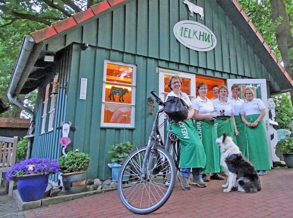 Die sechs Melkhus-Damen aus dem Landkreis Rotenburg (Wümme) © Touristikverband Landkreis Rotenburg (Wümme) e.V.
