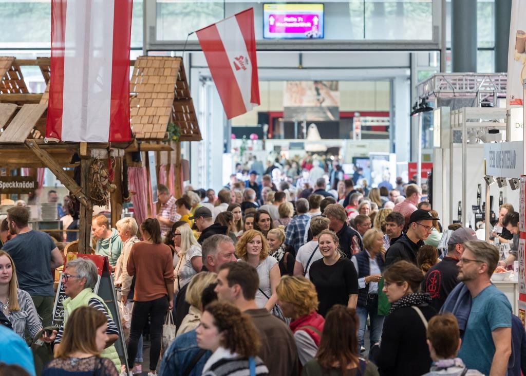 Die HanseLife lockt alljährlich Besucher in Scharen an – 2017 kamen rund 79.500 Menschen. (MESSE BREMEN/Jan Rathke)