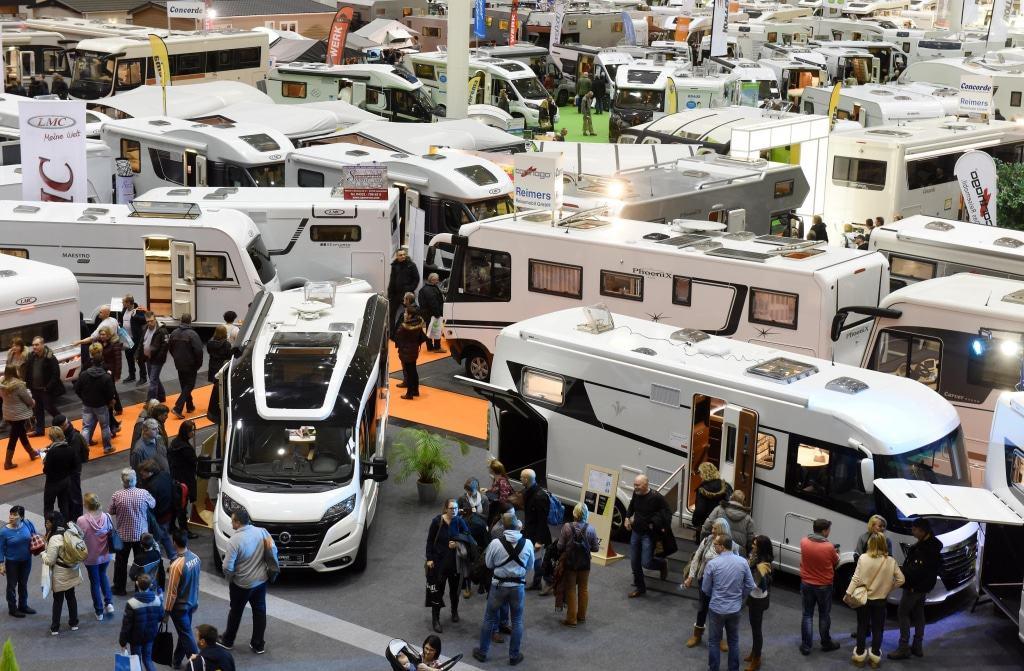 Anschauen, vergleichen, sich austauschen: Die neue Freizeitwelt bietet alles, was der Camper braucht. Foto: Hamburg Messe/ Michael Zapf