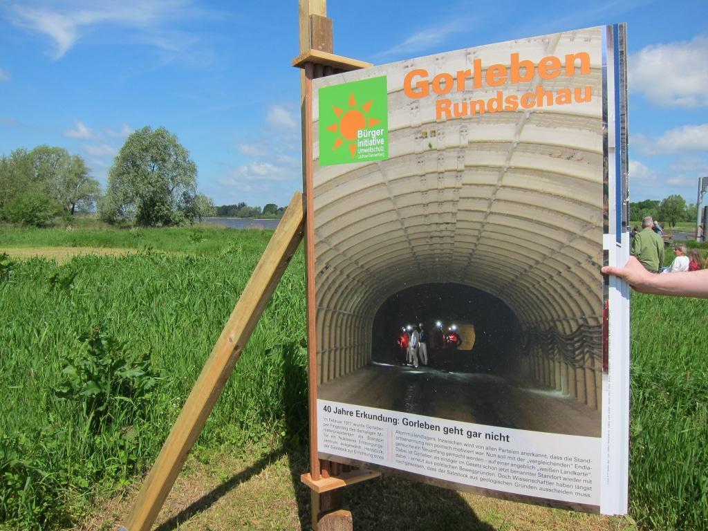 Kulturelle Landpartie 2017 in Neu Darchau: Wetterfeste Gorleben Rundschau im XXL-Format