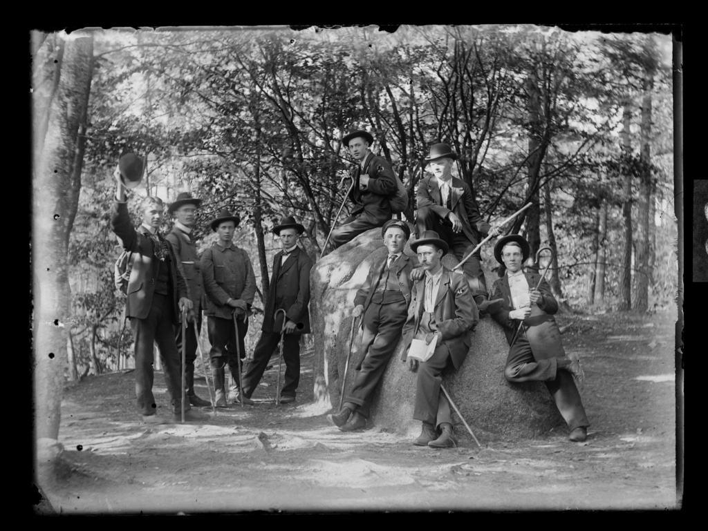 Max Broders, Touristenverein Morgenrot am Karlstein, 1905, Archiv FLMK