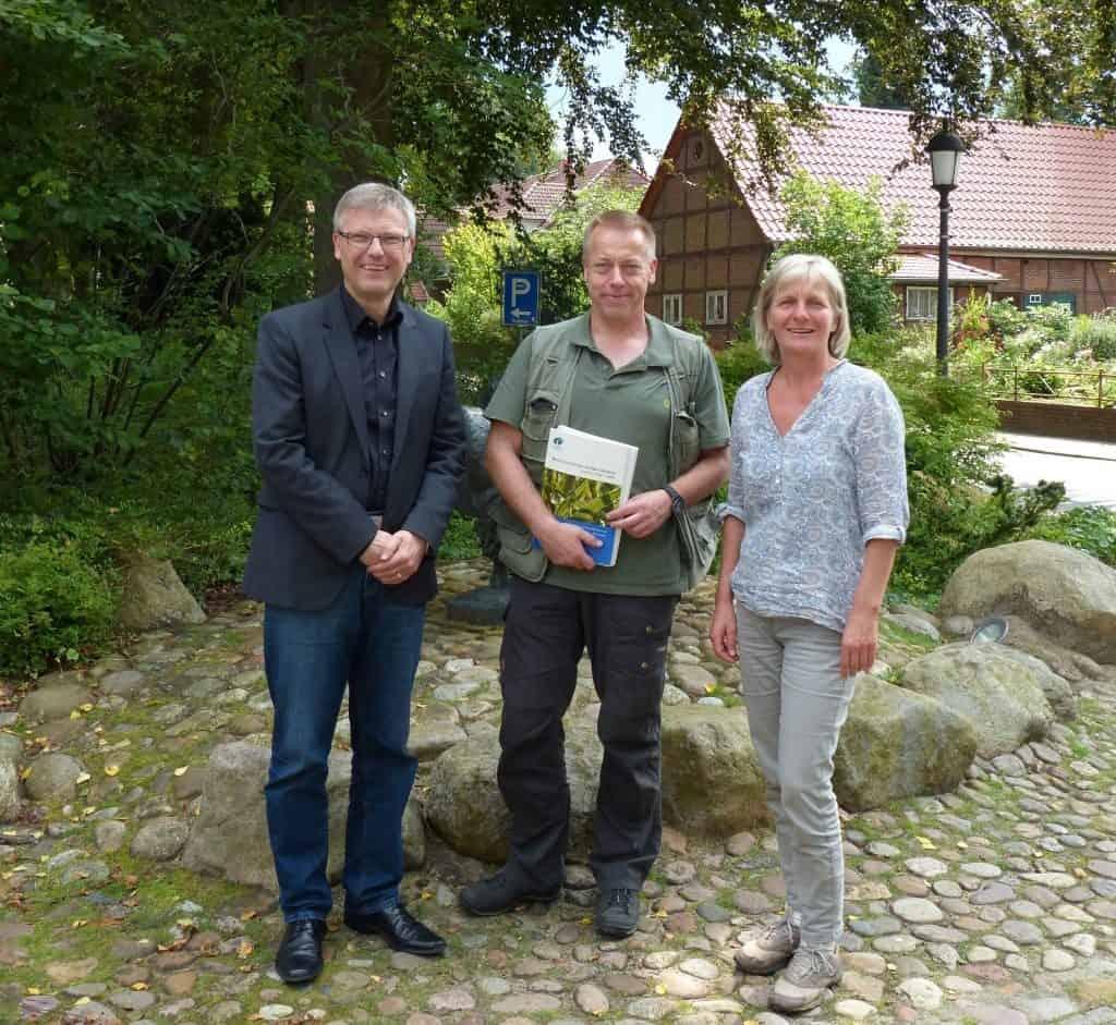Vorsitzender Olaf Muus, Scout Jan Lippke, Geschäftsführerin Hilke Feddersen Foto: © Naturpark Lüneburger Heide e.V.