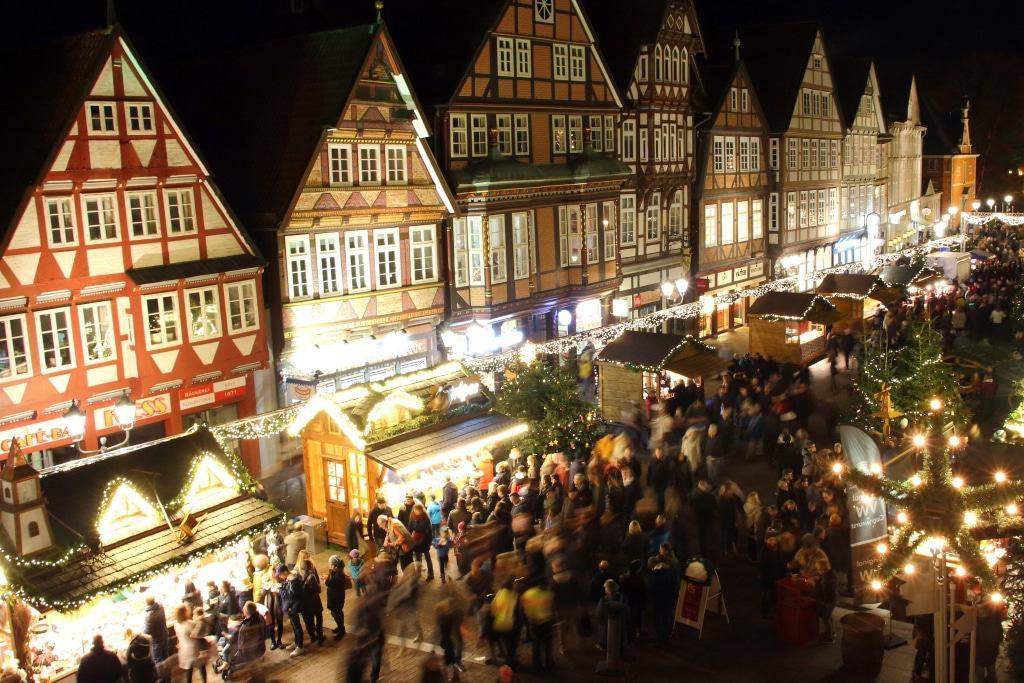 Celler Weihnachtsmarkt auf der Stechbahn (Copyright: Celle Tourismus und Marketing GmbH)