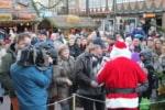 Der Weihnachtsmann macht Überstunden – Bei der großen Geschenketauschbörse am 26.12.2019 ab 15:00 Uhr auf dem Celler Weihnachtsmarkt. (Foto: Copyright Celle Tourismus und Marketing GmbH)
