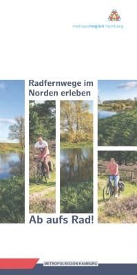 """Cover der Broschüre """"Ab auf's Rad - Radfernwege im Norden erleben"""" der Metropolregion Hamburg"""