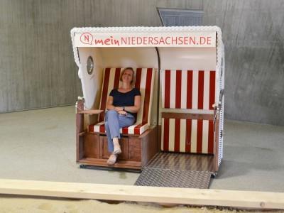 Der barrierefreie Strandkorb im phaeno in Wolfsburg, © TMN/phaeno gGmbH Der barrierefreie Strandkorb im phaeno in Wolfsburg<br /><figcaption id=
