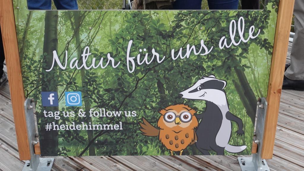 Der Heide Himmel ist auch bei Facebook und Instragram #heidehimmel.