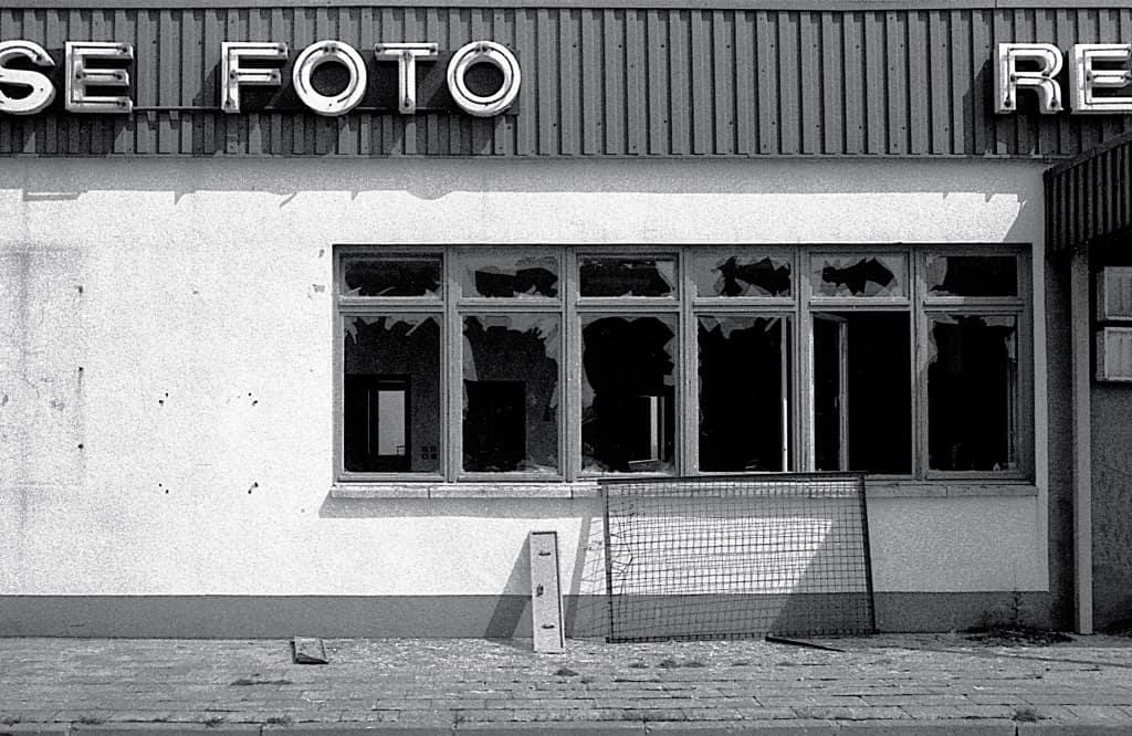 """Schwarz-Weiß-Foto """"Fotogeschäft"""" Foto: Klaus M. Frieling"""