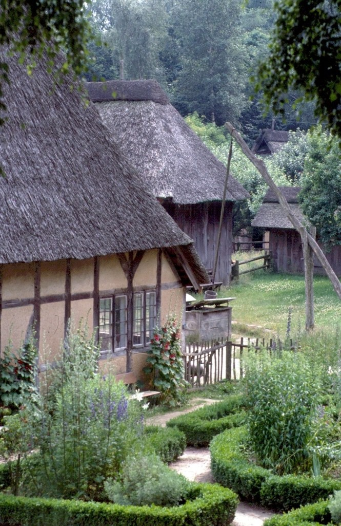 Garten um 1850 am Pringen Hof im Freilichtmuseum am Kiekeberg Bild: FLMK