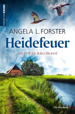 Coverabbildung: Heidefeuer von Angela L. Forster (ISBN 9783827195548)