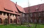 Innenhof von Kloster Isenhagen Foto: Südheide Gifhorn