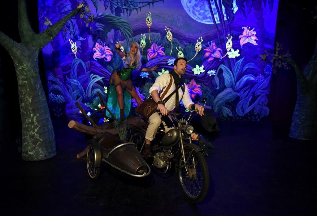 """""""Kumeka – Das Erwachen des Dschunels"""" - ist der Titel der neuen Show mit Artistik, Musik Magie und aufwändiger Lichtinszenierung. Foto: Serengeti-Park Hodenhagen"""