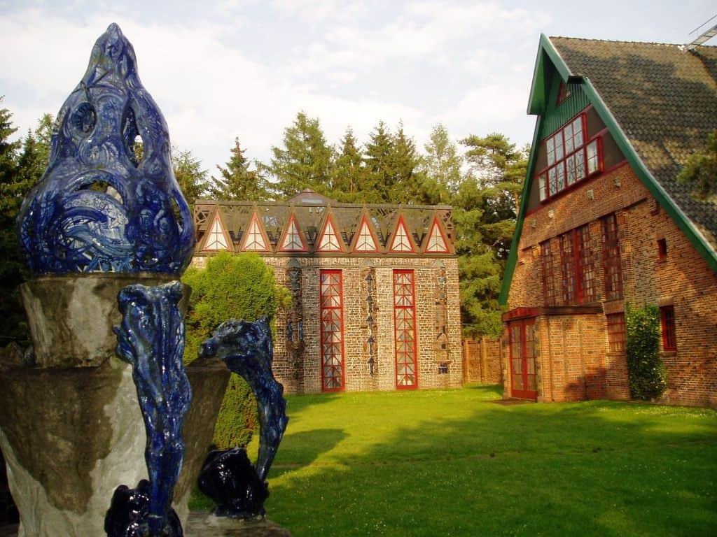Westfassade des Kunsttempels, Foto: Kunststätte Bossard