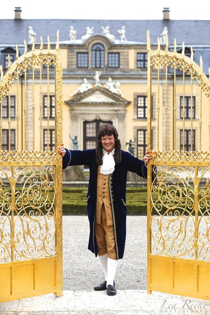 Der Gelehrte Gottfried Wilhelm Leibniz hat sein Erscheinen angekündigt. Foto: Lea Rieke