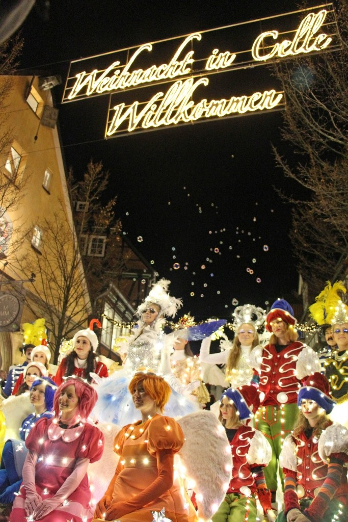 Celler Lichter-Parade durch die Altstadt (Copyright: Celle Tourismus und Marketing GmbH)