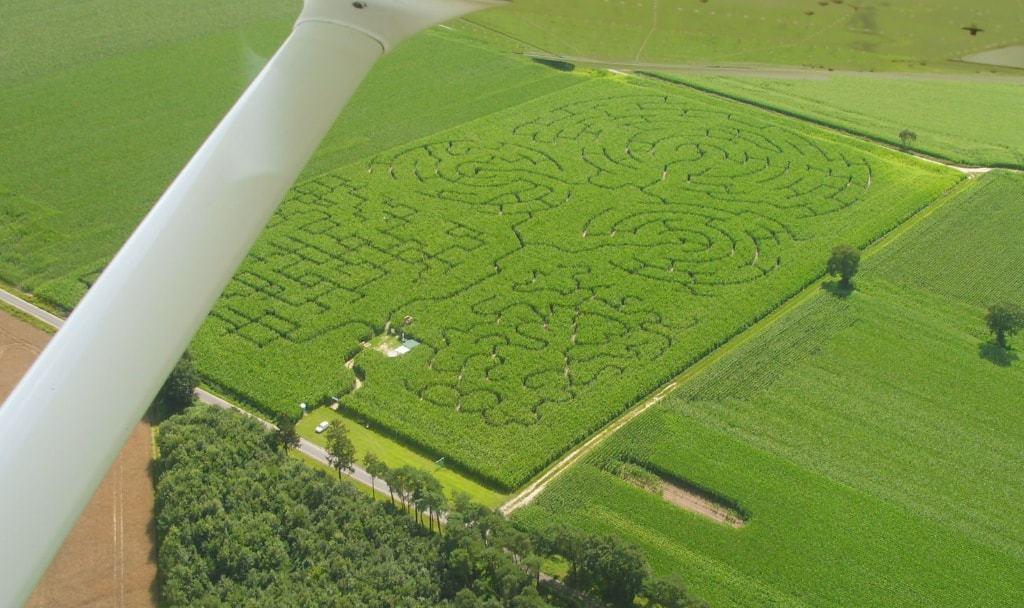 Luftaufnahme des Maislabyrinths in 27404 Rockstedt aus dem Jahr 2011