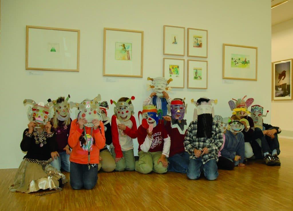 """Bei """"KUKI– Kultur kinderleicht"""" können Kinder zwischen sechs und zwölfJahren in der museumspädagogischen Werkstatt kreativ werkeln.  Foto: Bomann Museum Celle"""