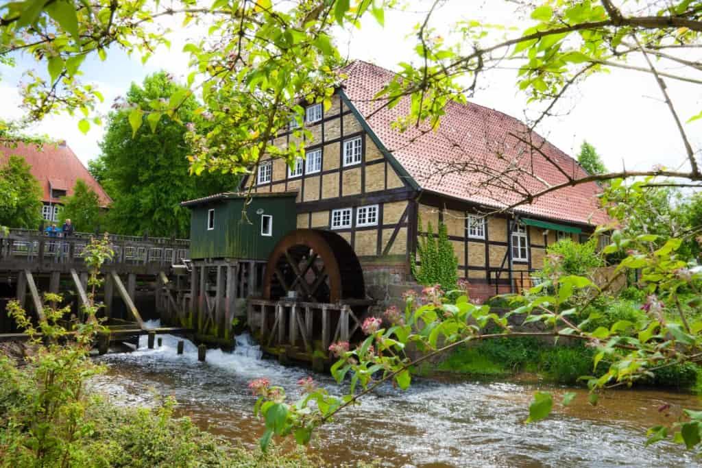 Moisburger Mühlenmuseum am Lauf der Este, Bild FLMK
