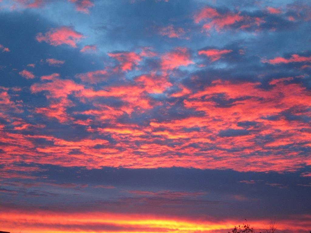 Morgenrot über Bispingen im November