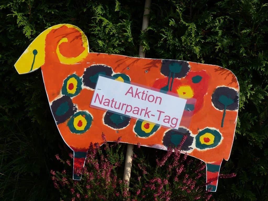 Aktionsschnucken für den Naturpark-Tag, Foto: Naturpark Lüneburger Heide Foto: Naturparkregion Lüneburger Heide