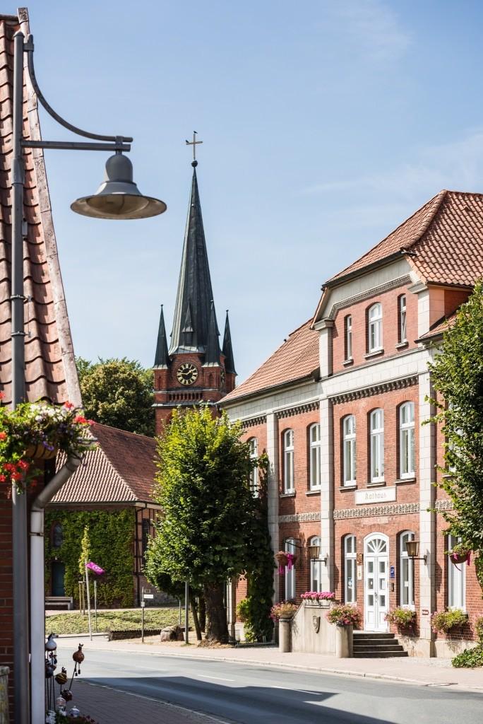 Ortskern von Amelinghausen mit dem Rathaus Foto: Touristinformation Samtgemeinde Amelinghausen