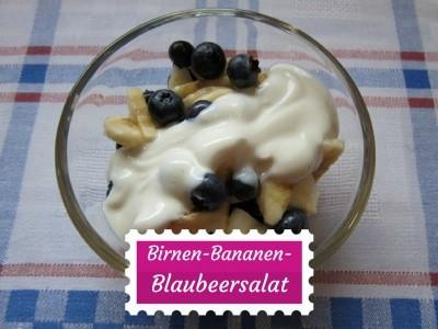 SCHÖNE-HEIDE-Rezept: Salat aus Birnen, Bananen und frischen Blaubeeren mit Joghurtsauce