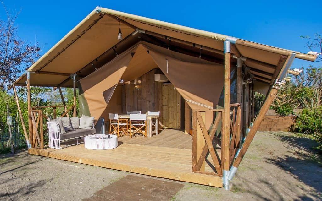 Zehn neue Zelt Lodges mit Terrasse im Serengeti-Park Hodenhagen, Foto: Serengeti-Park