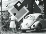 """Winfried Gaul """"Signale in der Heide"""", mehrere bunte Bildtafeln im Dorf 1967 (Foto: Archiv-Springhornhof)"""