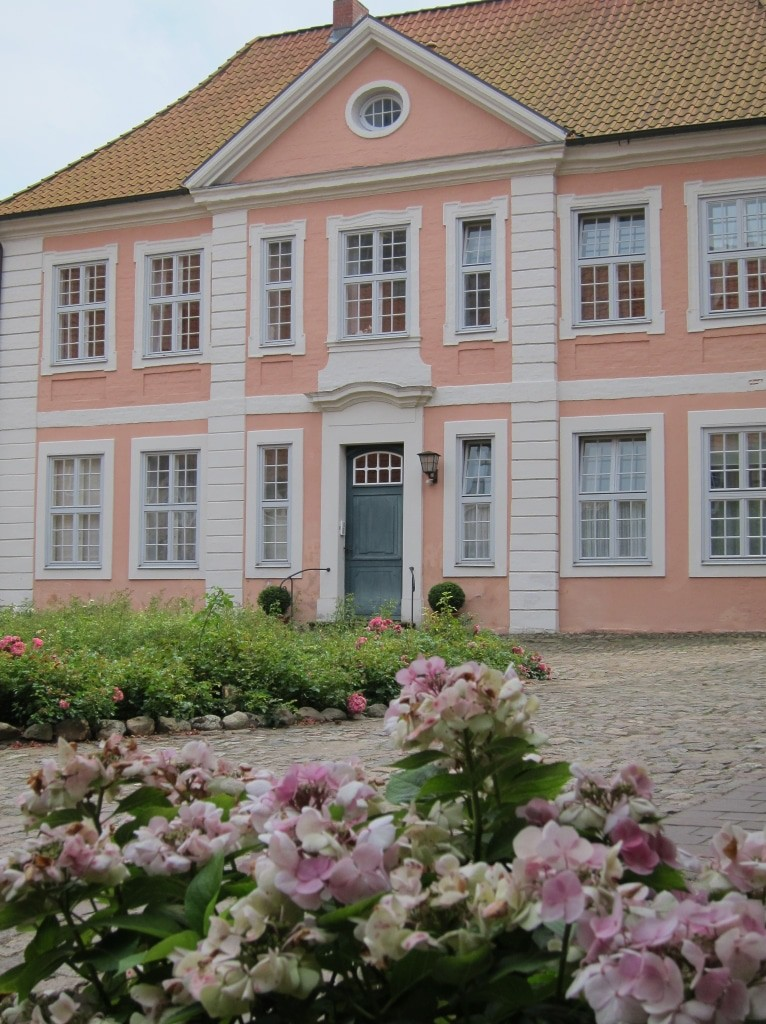 Repräsentatives Gästehaus des Klosters Lüne im spätbarocken Stil