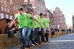 Unterhaltsame Wettspiele um den Titel des Sülfmeisters: Soletransport Foto: Lüneburg Marketing GmbH