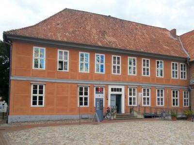 Touristinformation der Stadt Bleckede im Biosphaerium Elbtalaue im Schloss Bleckede