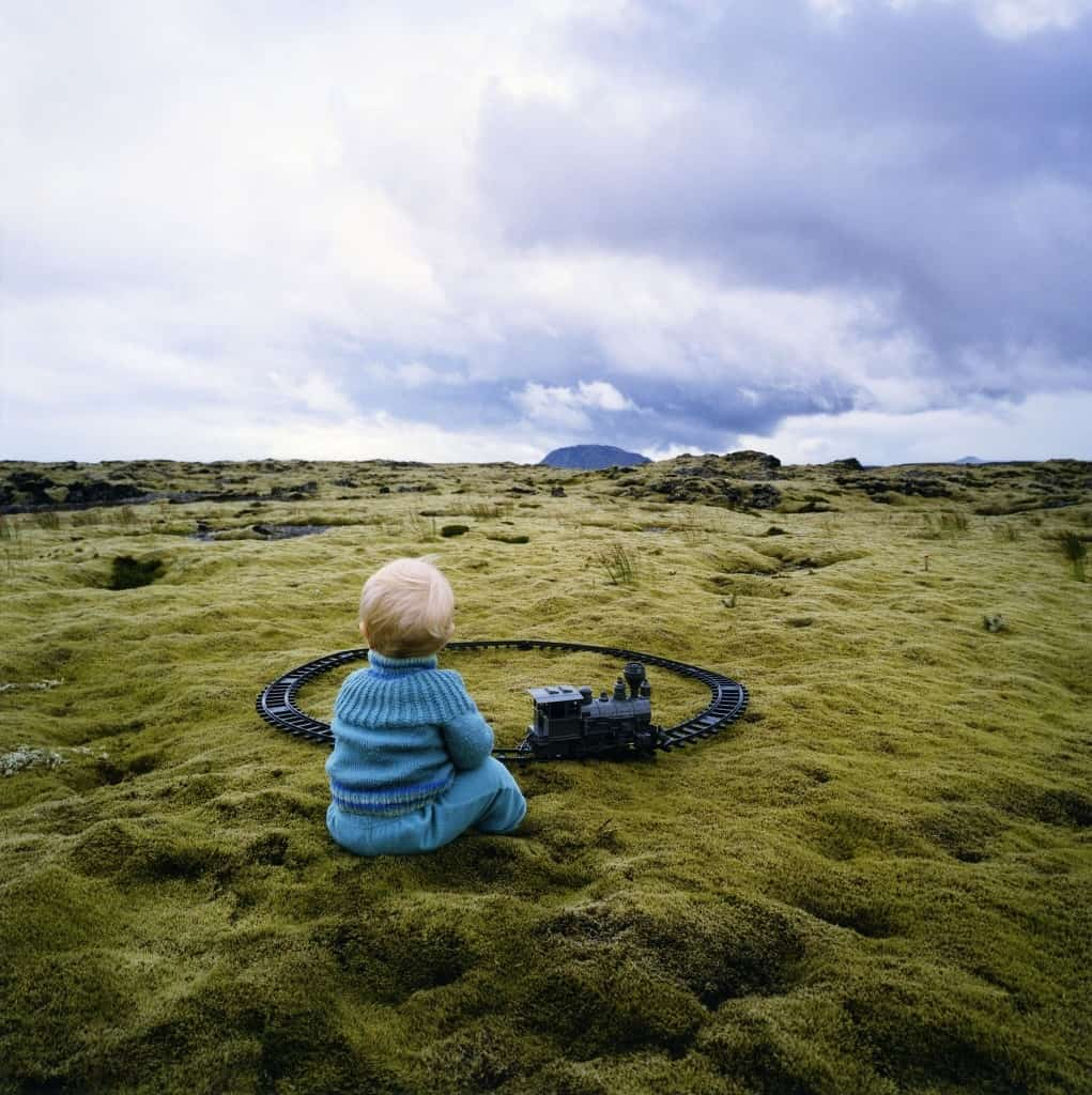 Scarlett Hoofd Graafland, Train, Iceland 2004-14