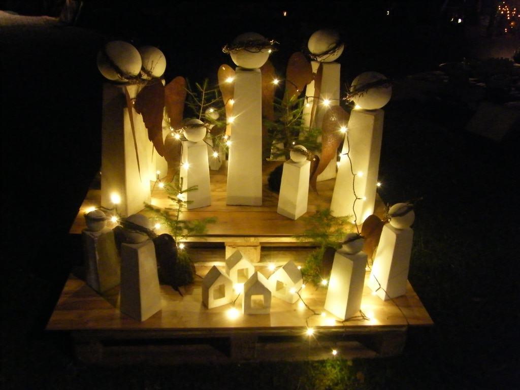 Weihnachtliche Dekoideen aus Designbeton | Margret Matthias, Steinblattwerk, Selsingen